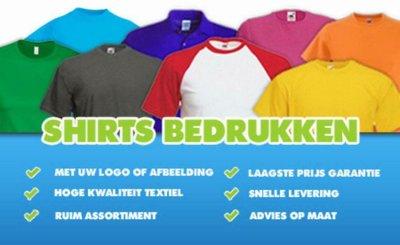 Bedrukt t-shirt met logo op borst