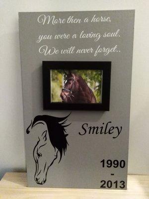 Herinneringsbord paard