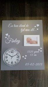 Geboortebord 50 x 60 cm met echte klok voor 1 kindje